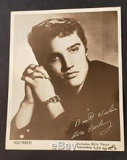 ELVIS PRESLEY RARE 1950's 8 X 10 MOSS PHOTO