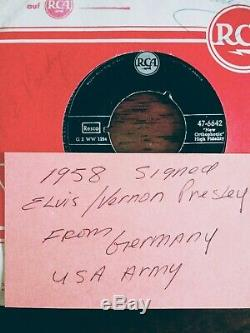 (EXTREMELY RARE) 1958 Elvis Presley & Vernon Presley autographed sleeve PSA/DNA