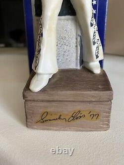 Elvis Presley Bourbon Bottle pottery Figure Music Box McCORMICK rare