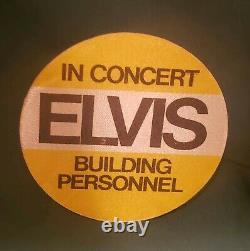 Elvis Presley In Concert Building Personnel Badge Yellow RARE Unused NM
