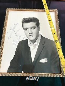 Elvis Presley SIGNED and Framed PSA PSA/DNA COA Autograph 8x10 RARE UV GLASS