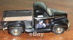 Elvis Presley The Legend Diecast 1947 Studebaker Truck 125 RARE COMPLETE ERTL