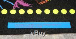 Elvis Presley Velvet Poster Dynamic Pub Co. RARE 1975 21 x 33 1/2