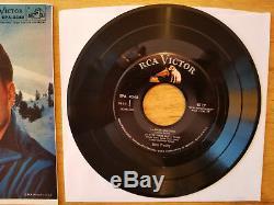 RARE TRUE NEAR MINT DOG ON TOP Elvis Presley CHRISTMAS WITH ELVIS EPA-4340
